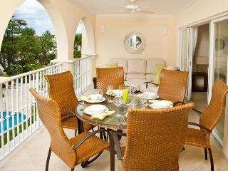 Classic 3 bedroom beachfront apartment, overlooking the Caribbean Sea, Dover
