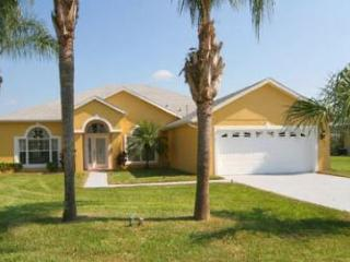 Executive Villa offers 4 bed, 3 bath. A large Private Pool with Luxury Spa & Games Room, Four Corners