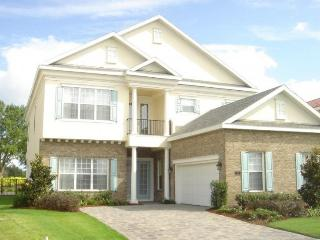 Stunning 4 bed 3 bath home in Reunion Resort with golf views, games room - pool and spa