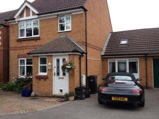 Detached persimmon home, quiet culdesac,hamble