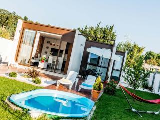 Casa Viña Vella en  Galicia, con jardín,piscina, Province of A Coruna