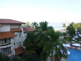 Deluxe Resort Suite/Puerto Vallarta Mexico