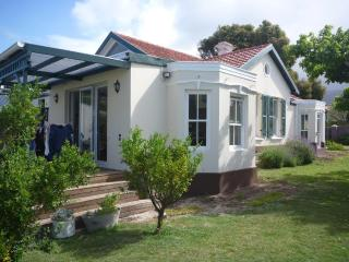 Heritage home in leafy Cape Town suburbs