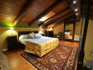 "Villa Crissante appartamento ""La Punta"", La Morra"