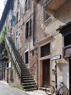 Historic Apartment in the Heart of Ancient Verona