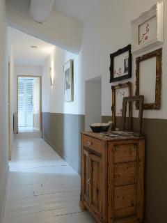 Couloir intérieur pour chambre 4