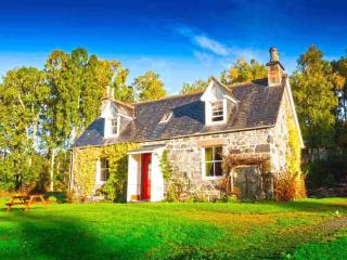 Eòlas Holiday Cottages - Tigh-na-Bruaich, Beauly