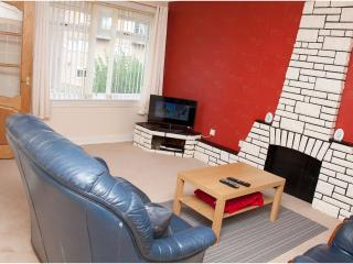 Modren cosy End Terrace Villa