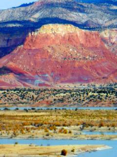 Amazing Views of Lake, Red Rocks, Ghostranch