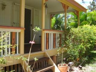 Ascot Cottage, 11 Barbarra Street, Picnic Bay, Arcadia