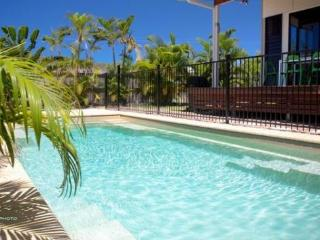 Barefoot Beach House, 5 Sandals Blv, Horseshoe Bay