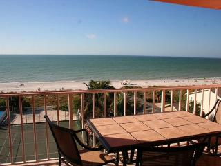 Lux Direct Ocean Front Top Floor Beachfront Condo, Indian Rocks Beach