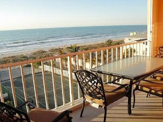 Luxury Ocean Front Top Floor Condo Gorgeous Sunset, Indian Rocks Beach