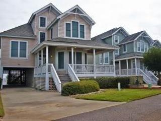 4BR with balcony, Jacuzzi - Village Landings #66, Manteo