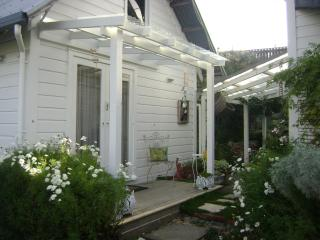 210HILLSIDE COTTAGE NELSON NEW ZEALAND