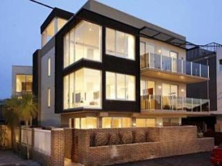 Melbourne Beach Side 2 Bed 3 Bath WOW Apartment, Elwood