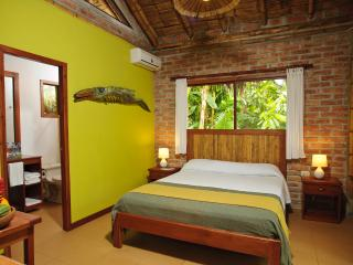 Peaceful Cabins In Ayampe In The Tropical Forest Near To The Beach.