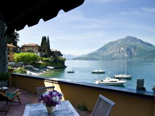 Front lake view Casa Rossa Mezzanine Apartment, Varenna
