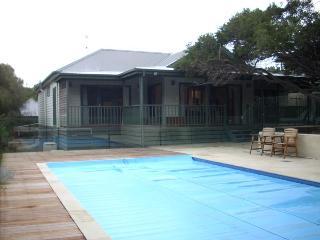 Poolside Sorrento - Mornington Peninsula