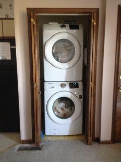 NEW LARGE CAPACITY SAMSUNG FRONT LOADING WASHER AND DRYER
