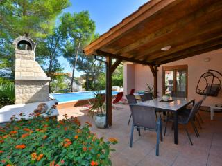 Holiday house Hvar island, Vrbanj
