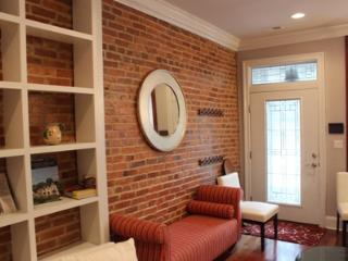 Beautiful Refurbished 4 Level Home-Sleeps 10-Very Reasonably Priced!