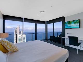 Circle on Cavill- Sub Penthouse, Surfers Paradise