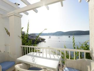 Bodrum Beachfront Apartment - 2012
