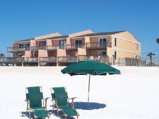 3BR/3.5BA beachfront townhome!  (5 night minimum stay, year round)