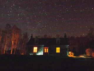 Tigh-na-Bruaich on a starlit night.