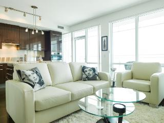 Luxury 5 Star Film Fest Celeb 1 Bed Suite On 34rth, Toronto