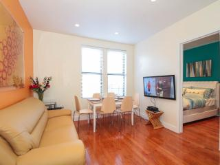 Fantastic 3 Bedroom 12 mins to Times Square