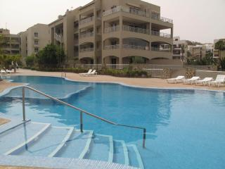 NEW & LUXURY - SEA VIEW FLAT - WITH WIFI