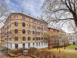 Large and Light Filled 2BR in heart of Oslo Center