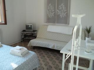 matrimoniale con divano letto, Bolonia