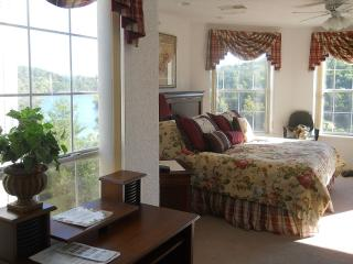 Like living in the tree tops in luxury! www.MyLakeCondo.com  (417) 581-1588