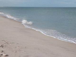 Steps from Beach, Your Vero Beach Retreat Awaits!