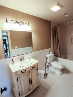 full bath with extra bedroom 1