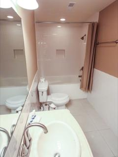 full bath with extra bedroom 2