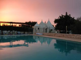 Lovely Trullo, Castellana Grotte, private pool