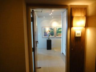 Entry of Suite 802.