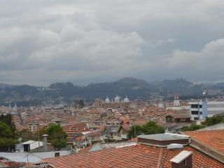 Modern City View Apartment Cuenca
