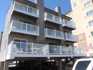 Ocean block townhouse in North Ocean City