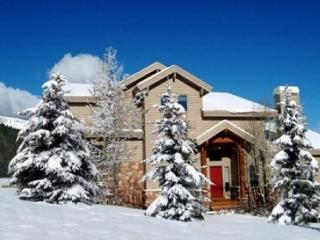 Prime Location Park City Beautiful 4 BR/4 BA home