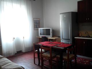 Family flat in Leghorn close to the port, Livorno