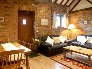 Stables cottage,walk to farm shop,lakes,golf&pub, Snitterfield
