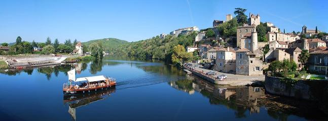 River boat trips at Puy L'Eveque.