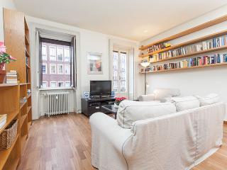 Central Milan three bedroom, spacious, comfortable, Milão