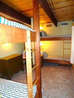 Bunk Room #2 - sleeps 4