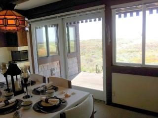 Monterey Beachfront 2 - Breath Taking Views and on, Moss Landing